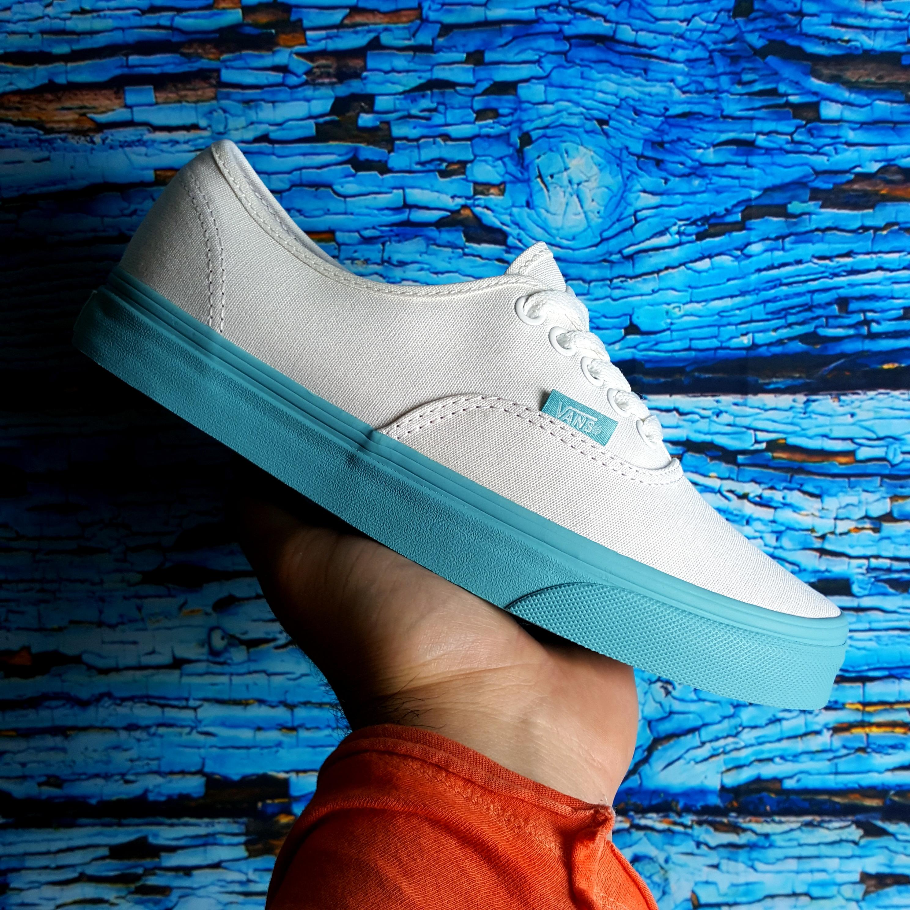 Vans Aqua AUTHENTIC Pop Dots /White Aqua Vans Sea Women's Shoes 5bec27