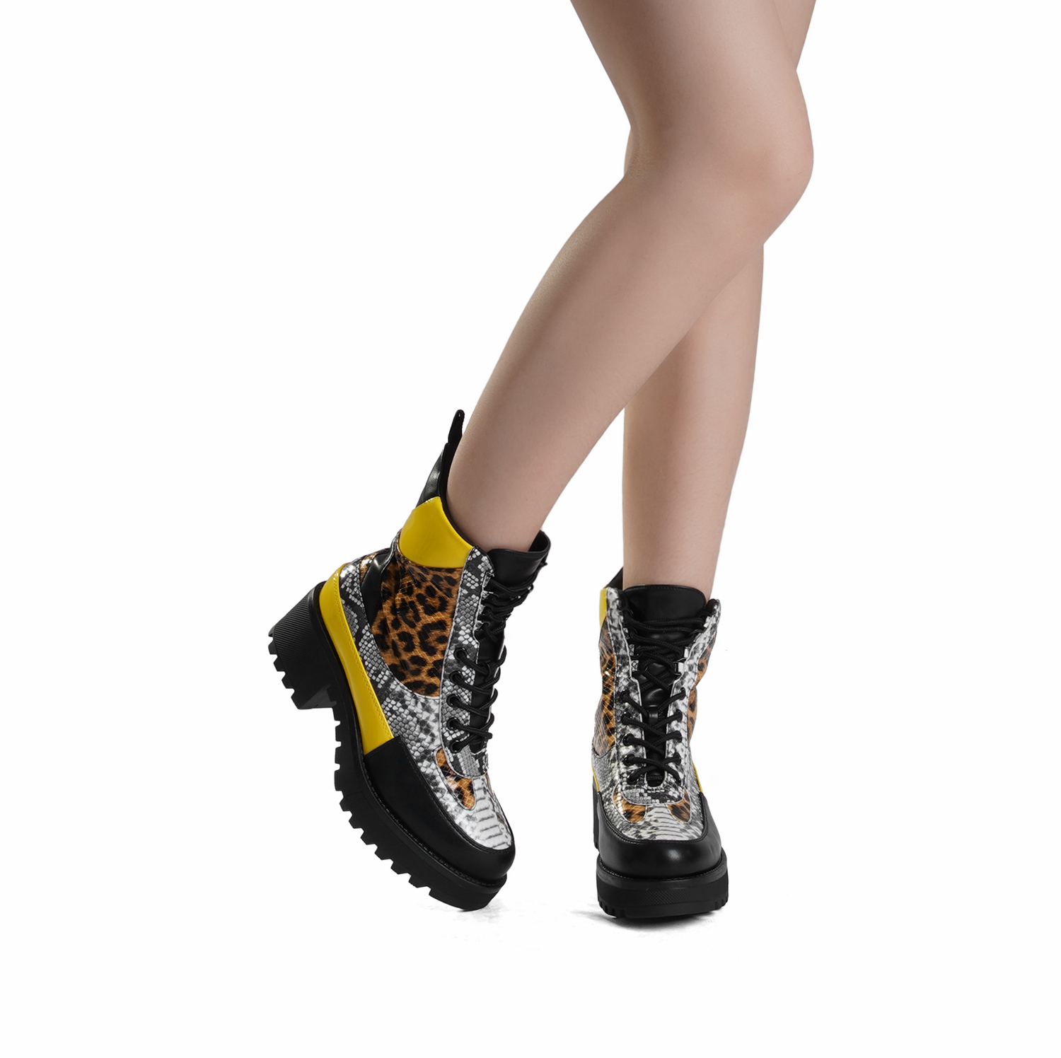 DREAM PAIRS Women Lace Up Ankle Boots Platform Chunky Heel Martin Combat Boots