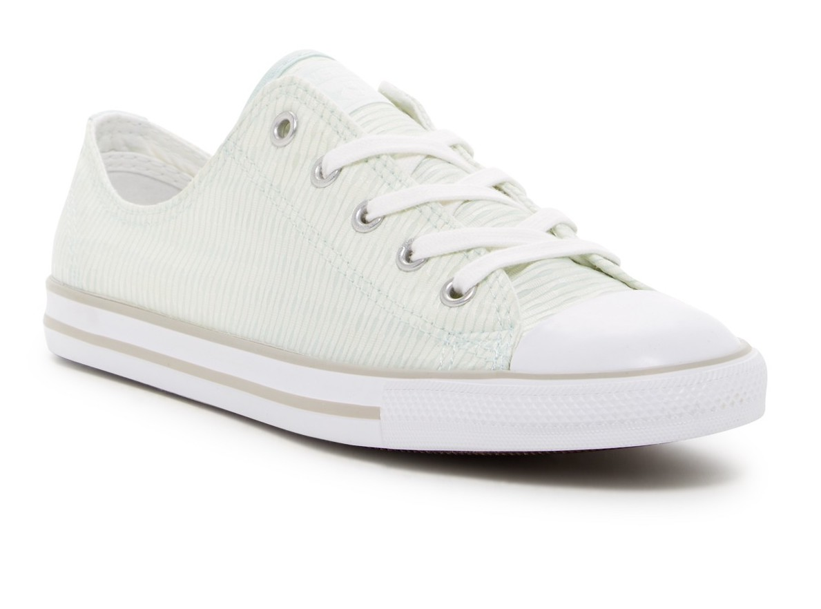 85e6cad3f6ce0f Converse Women s Chuck Taylor All Star Dainty OX Low Top Sneaker NWB ...