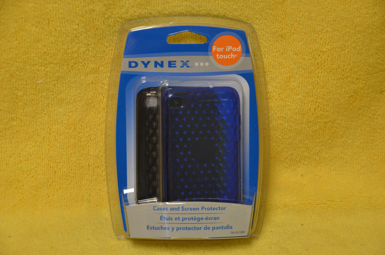Dynex Transparent Cases iPod Touch 4 Blue Black screen protector DX-GL1202