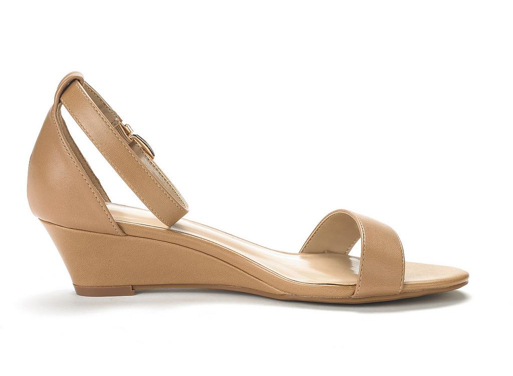 ec23bbb31c320 DREAM PAIRS Women s Ingrid Ankle Strap Low Wedge Sandals