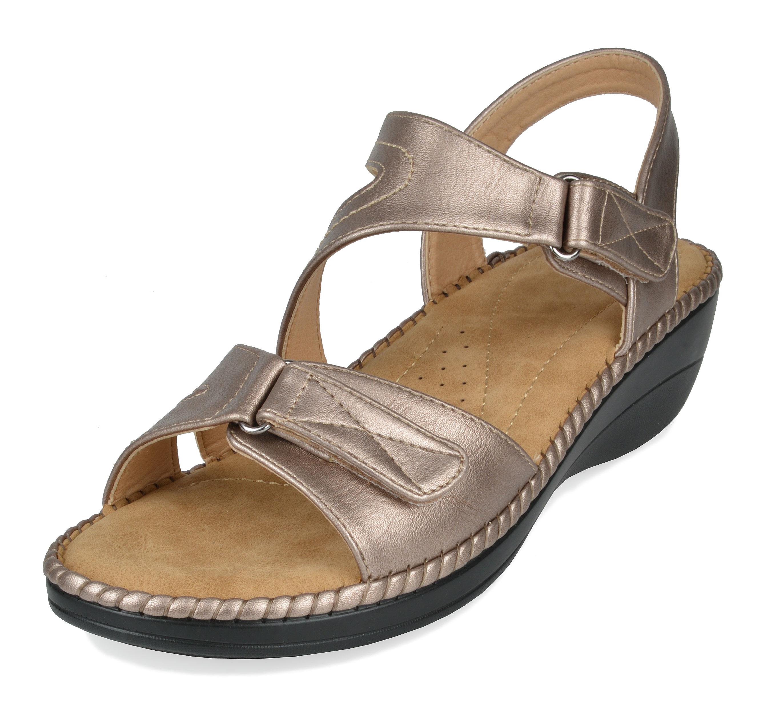aa18b510ee DREAM PAIRS Women TRUESOFT Soft Back Strap Low Heel Platform Wedge ...
