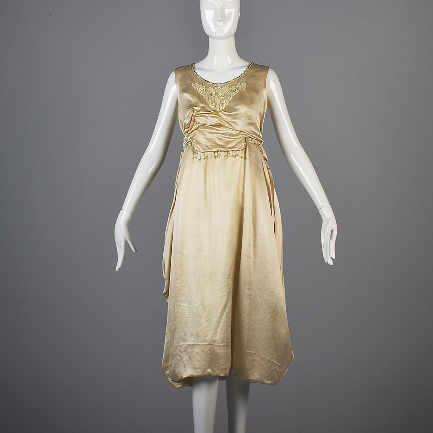08c415f0cf6 Details about 1920s Ivory Silk Wedding Dress Bridal Gown Antique Bride  Vintage 20s Art Deco