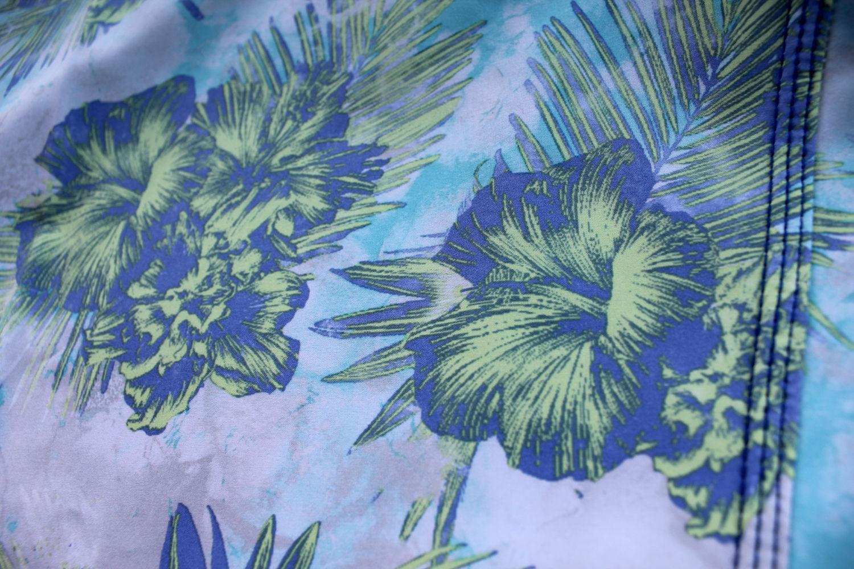 Oakley Men 039 S Transducer 19 034 Hawaiian Floral Print