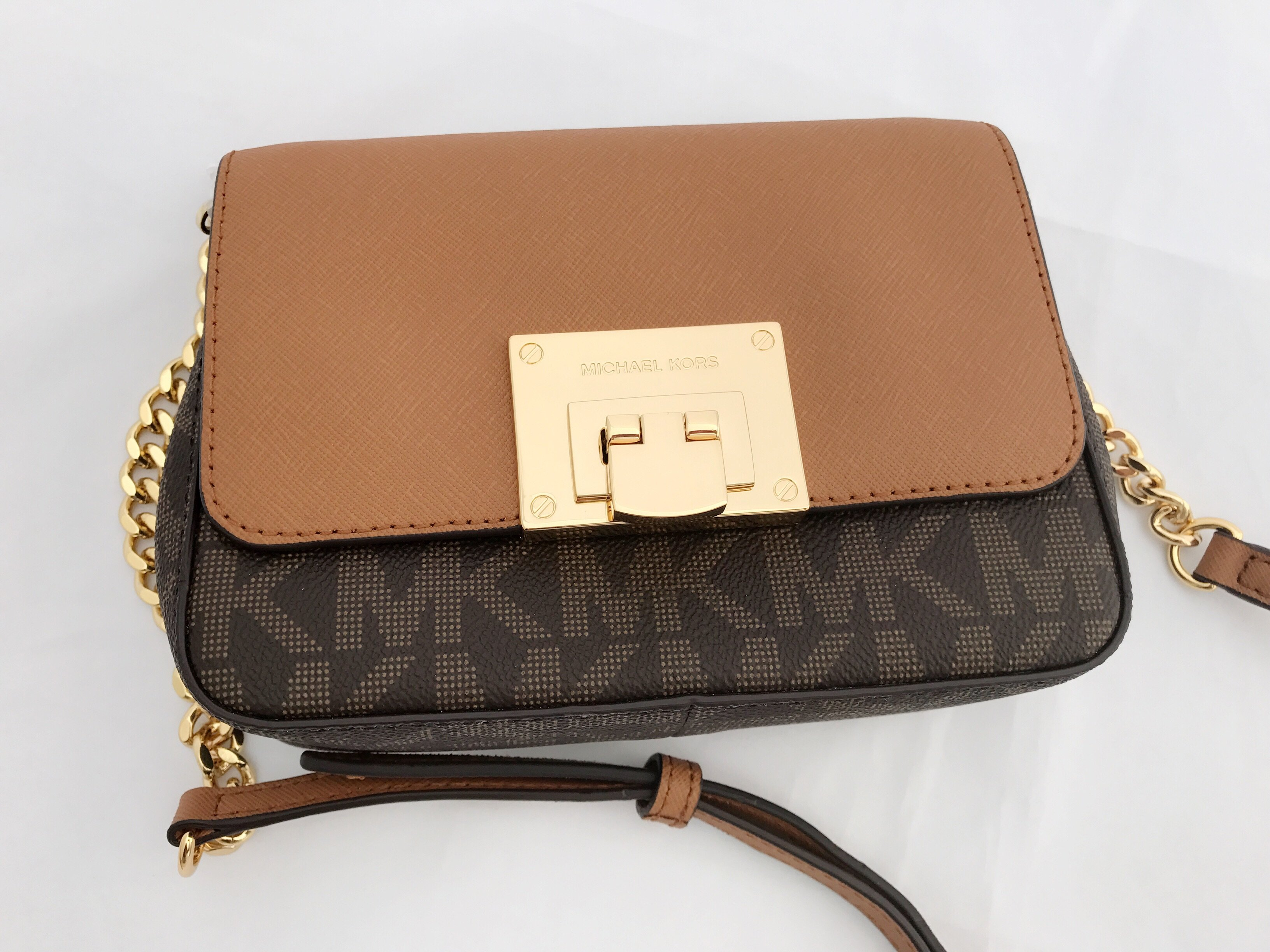 a5201a0cb98c ... shopping nwt michael kors tina mk signature small mini crossbody bag  brown 3c10e 0ff33