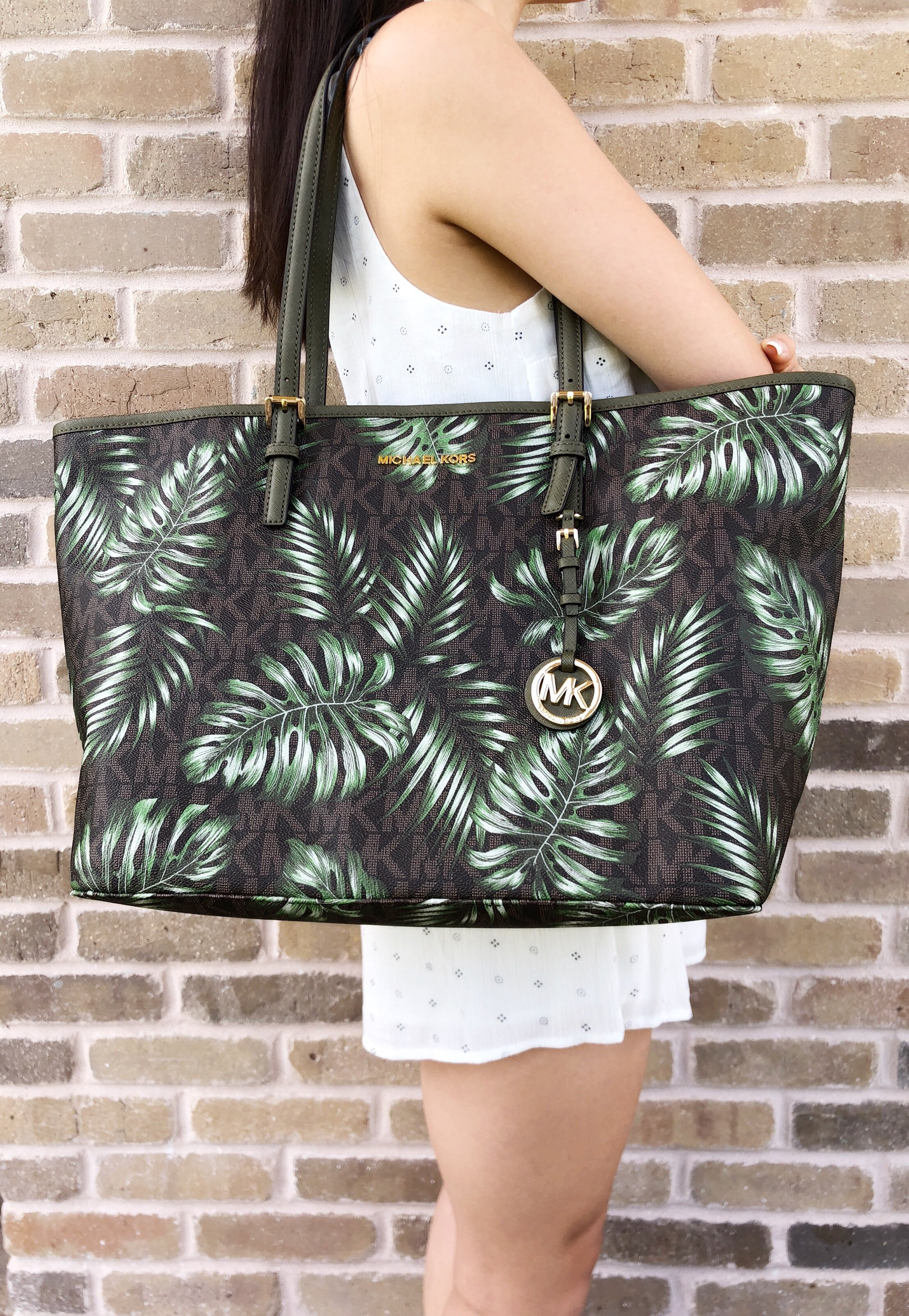 5195ebd6d98e Michael Kors Jet Set Travel Large Carryall Tote Brown MK Olive Green Palm  Leaves