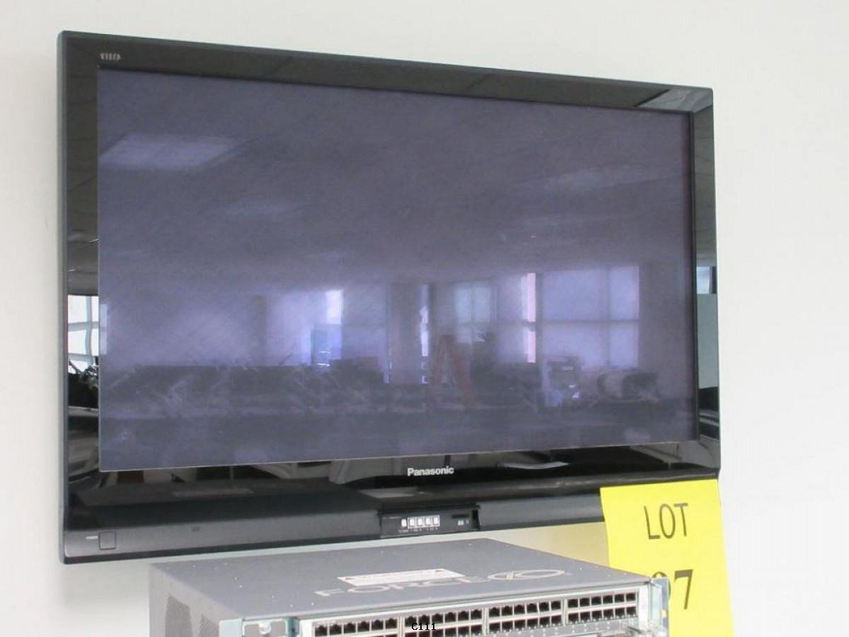 "Panasonic TH-42PX75U 42"" 720p Plasma HD TV -Local Pickup in LA!"