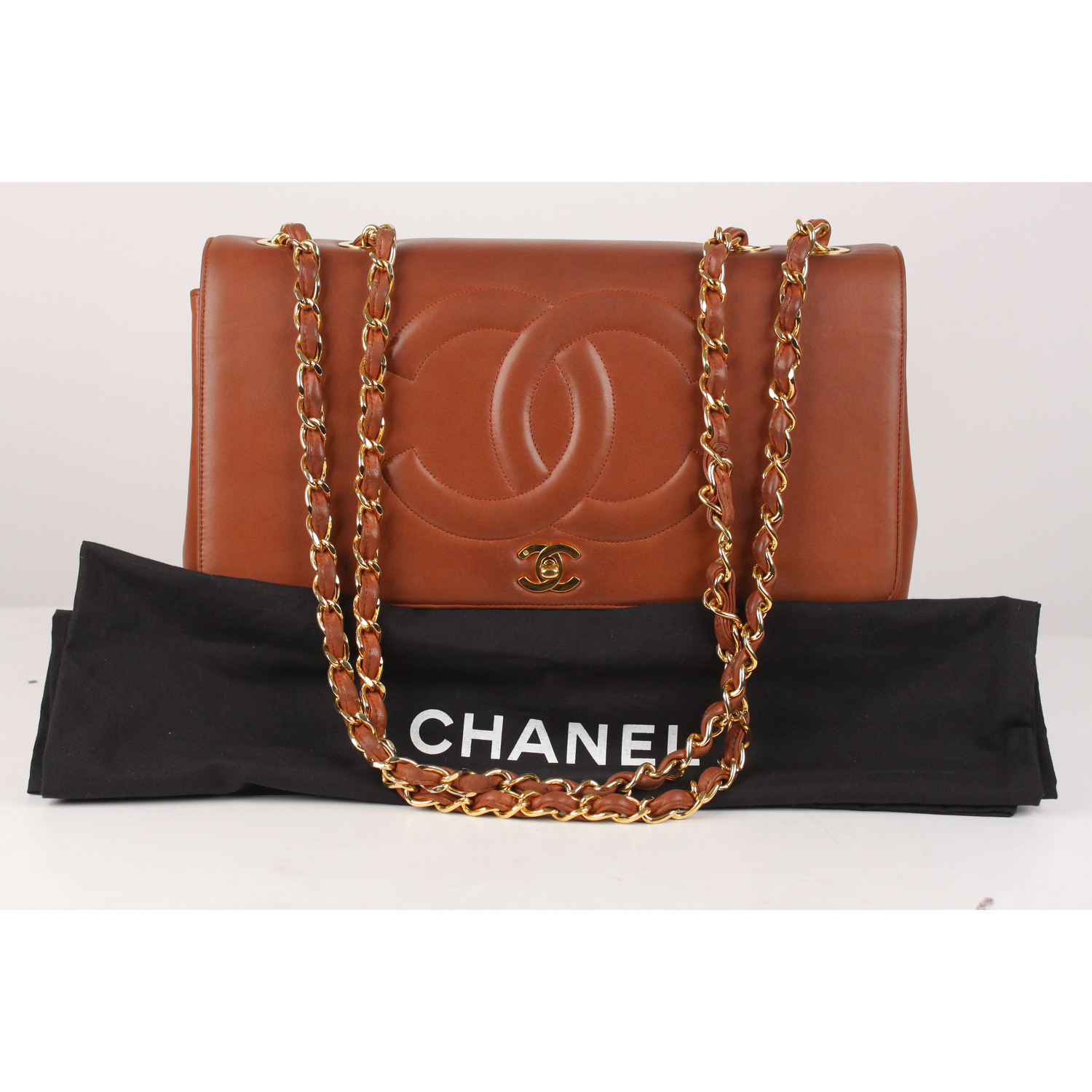 f37aa10d5f74 Authentic Chanel Vintage Brown Quilted Leather Jumbo Shoulder Bag ...