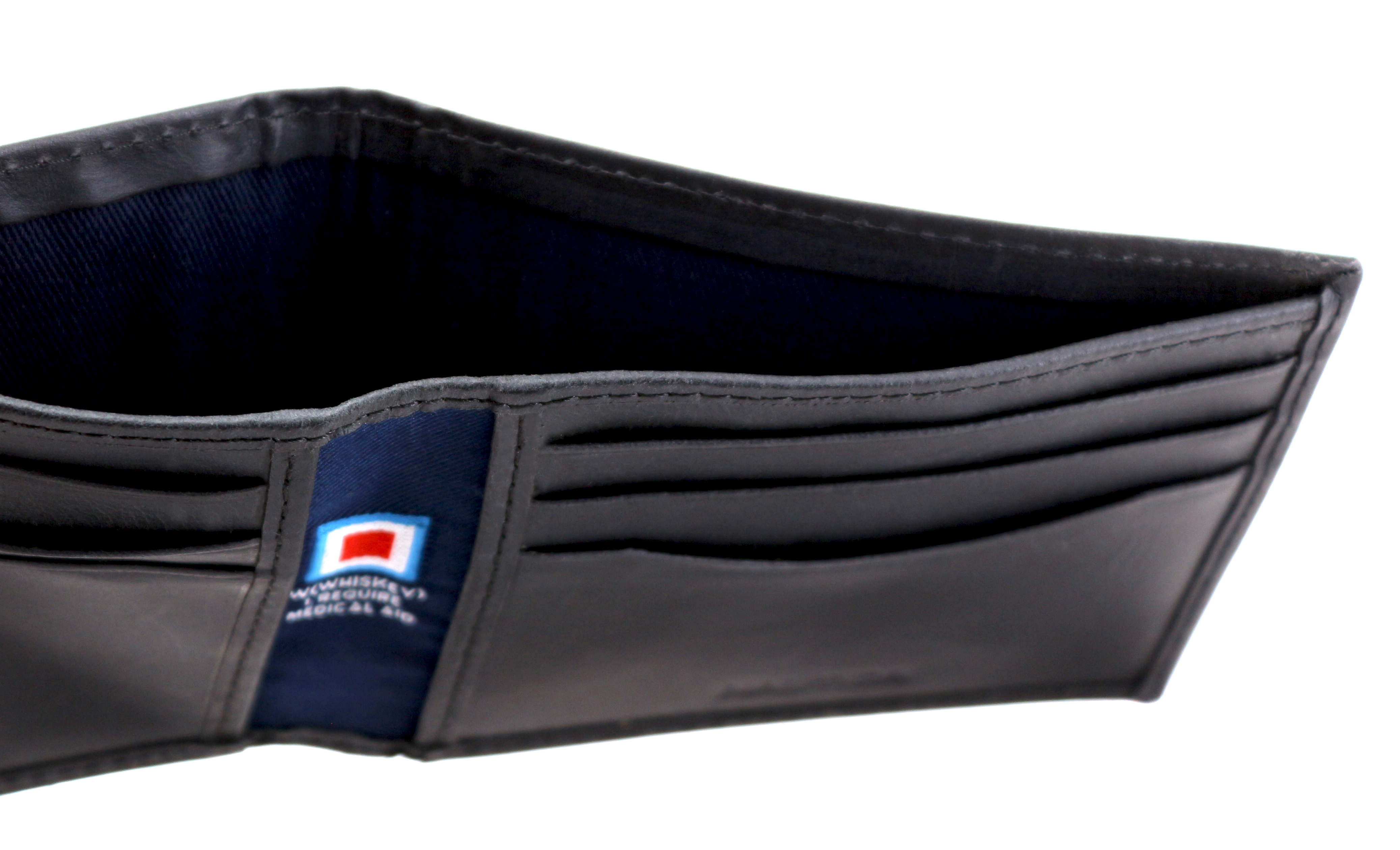 Nautica-Men-039-s-Genuine-Vintage-Leather-Credit-Card-ID-Billfold-Passcase-Wallet thumbnail 7