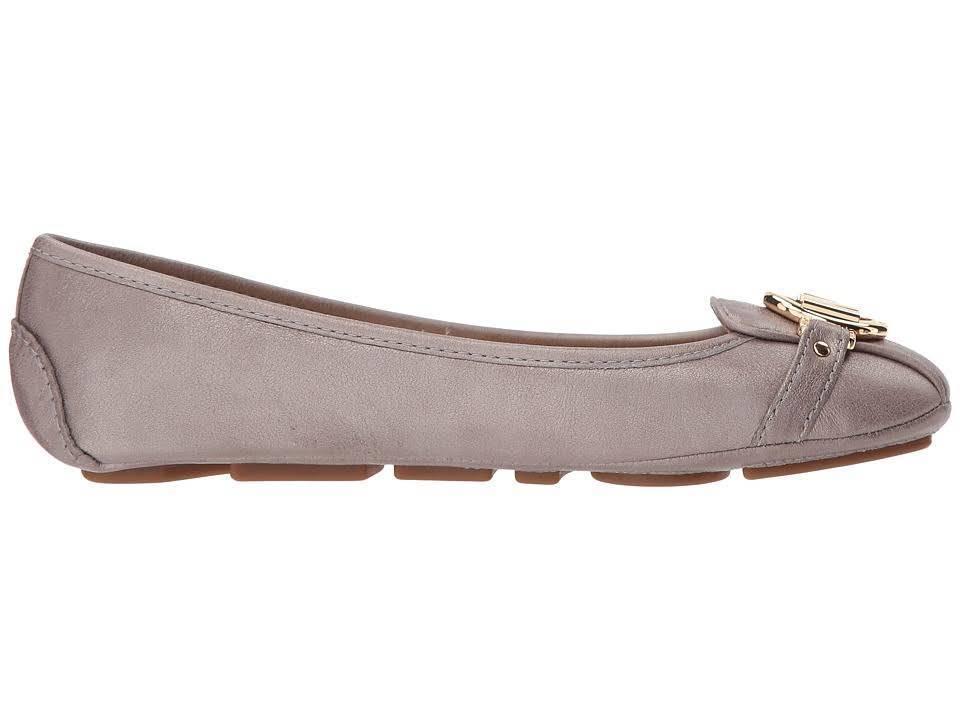 Michael-Kors-MK-Women-039-s-Premium-Designer-Fulton-Moccasin-Flats-Champagne thumbnail 2