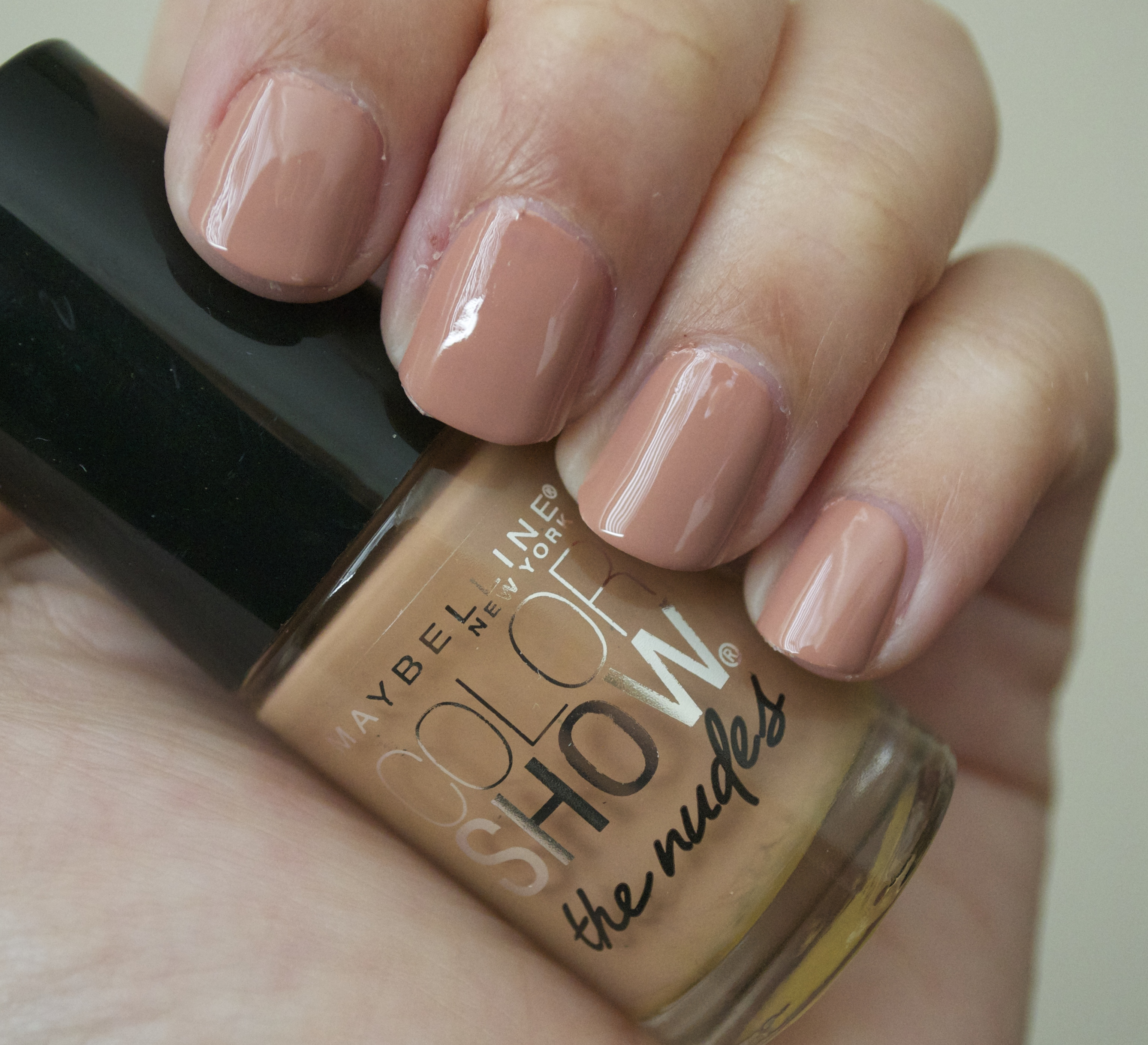 Maybelline Color Show Nail Polish 015 – Papillon Day Spa