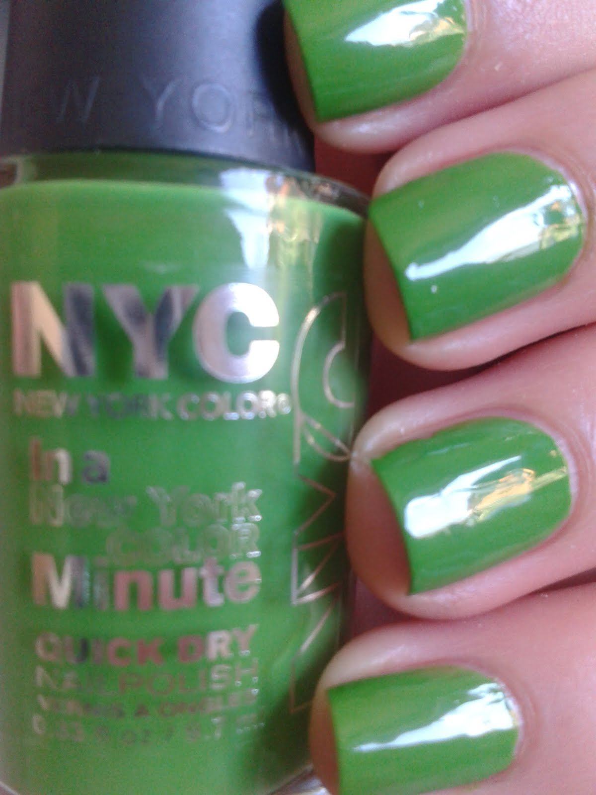 3 NYC Color in a Minute Quick Dry Nail Polish 298 High Line Green | eBay
