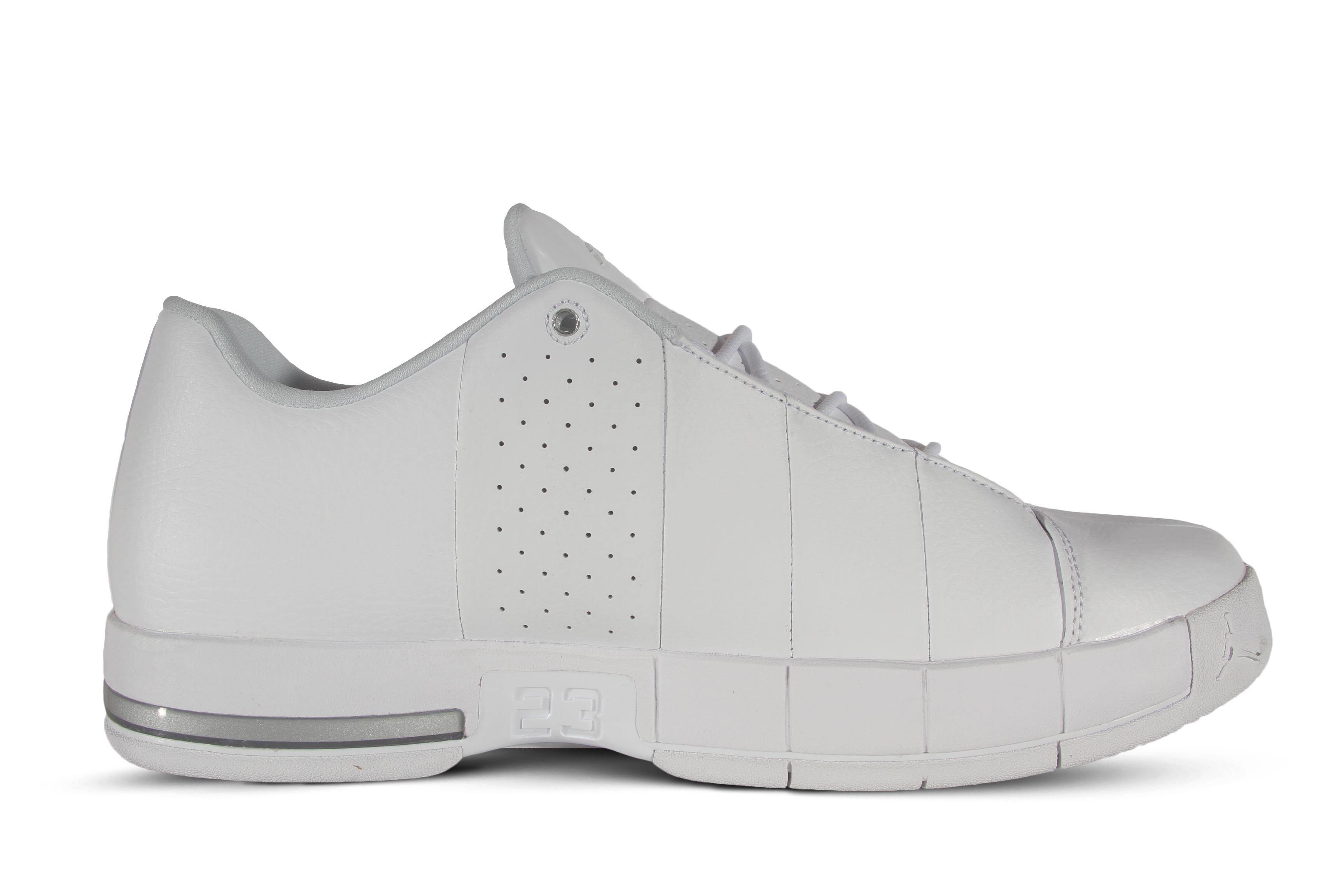 add16dcb0f2bb1 Jordan Team Elite 2 Low Men s Basketball Shoes AO1696-100