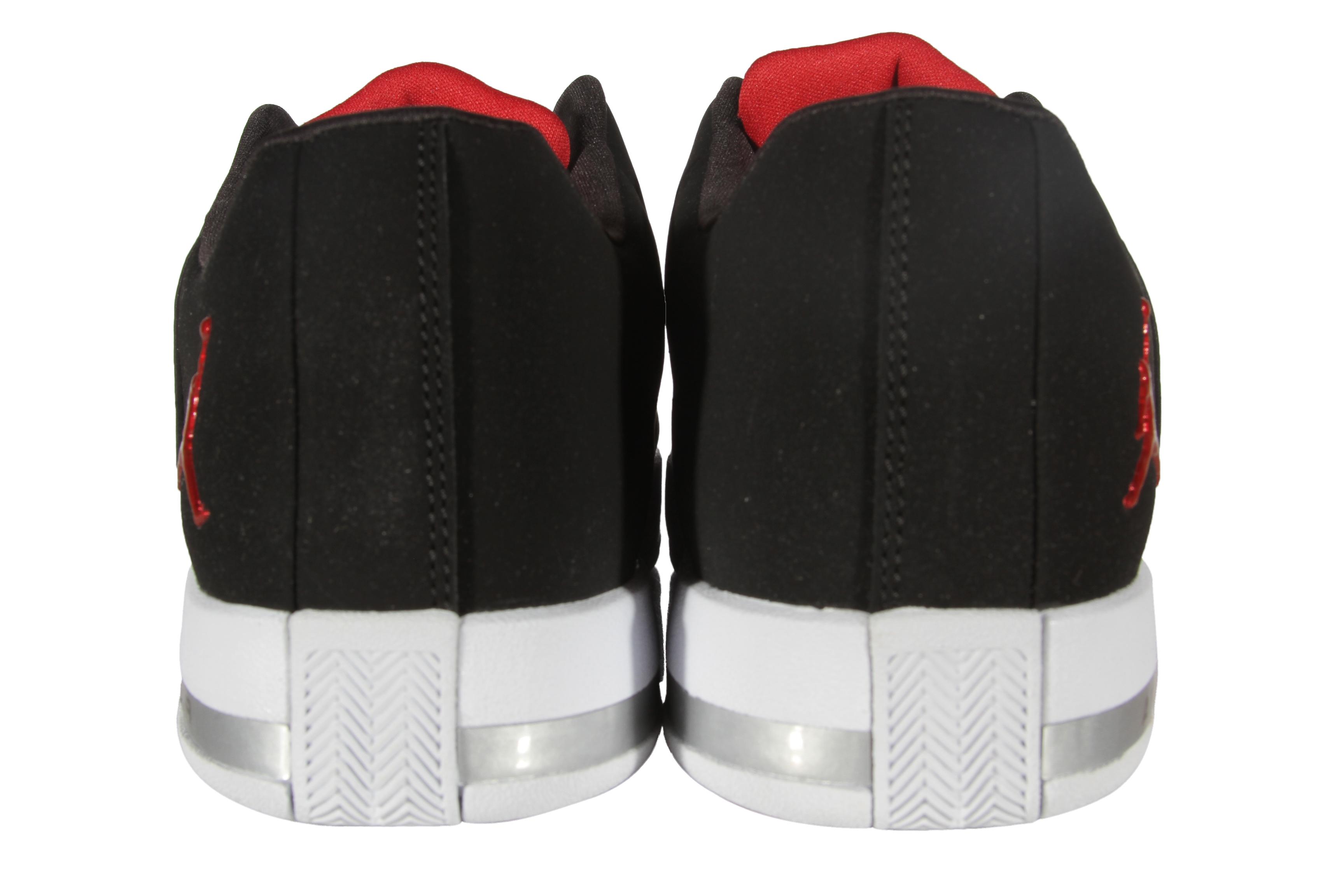 3d24c475761df1 Jordan Team Elite 2 Low BG Boy s Grade School (Big Kids) Shoes AO1732-001