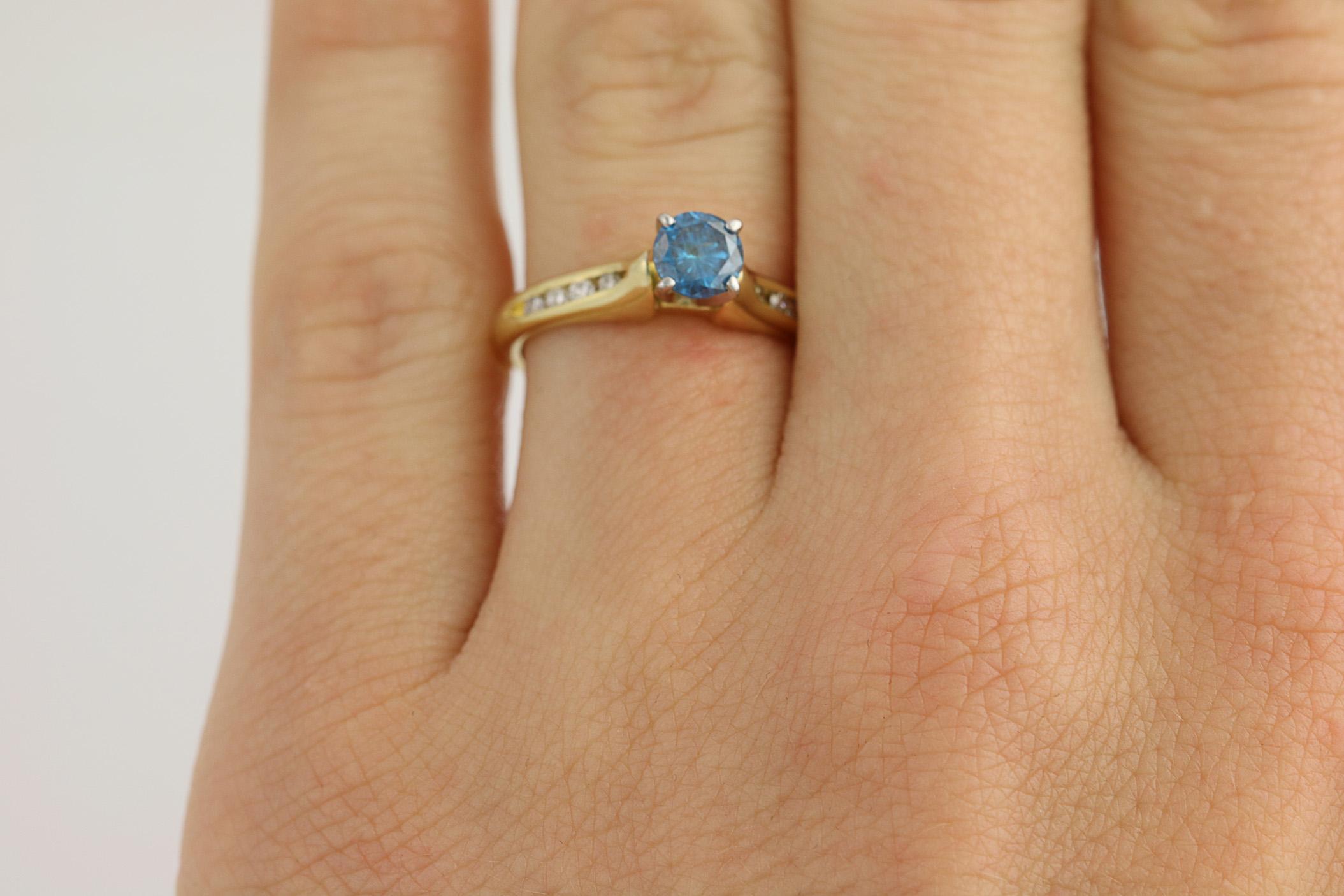 Blau weiss diamant verlobungsring 18k gelbgold - Verlobungsring blau ...