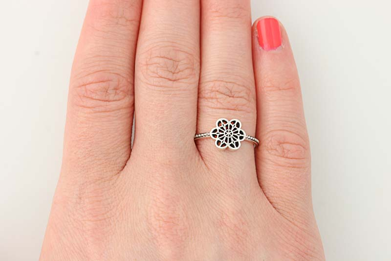 f459a4335 NEW Authentic Pandora Floral Daisy Lace Ring - Sterling Silver 50 ...